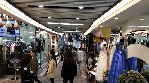 Bai Ma (White Horse) Garment Wholesale Market